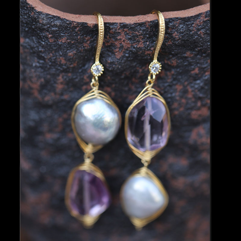 Raw Ore Amethyst Natural Irregular Pearl Dangle Earrings For Women Luxurious And Unique Design SD05 fashional irregular goemetry joint scrawl design pillow case