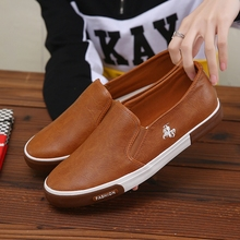 New Sneakers Men Loafers Casual Shoes Male Slip-on Flats Mocassin Homme Black Brown Zapatos De Hombre