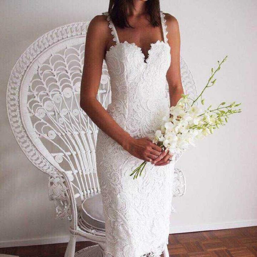 2020 Top Selling European Style Lace Hollow Out Hook Flower Self Cultivation Sexy Dress Vintage White Dress Free Shipping