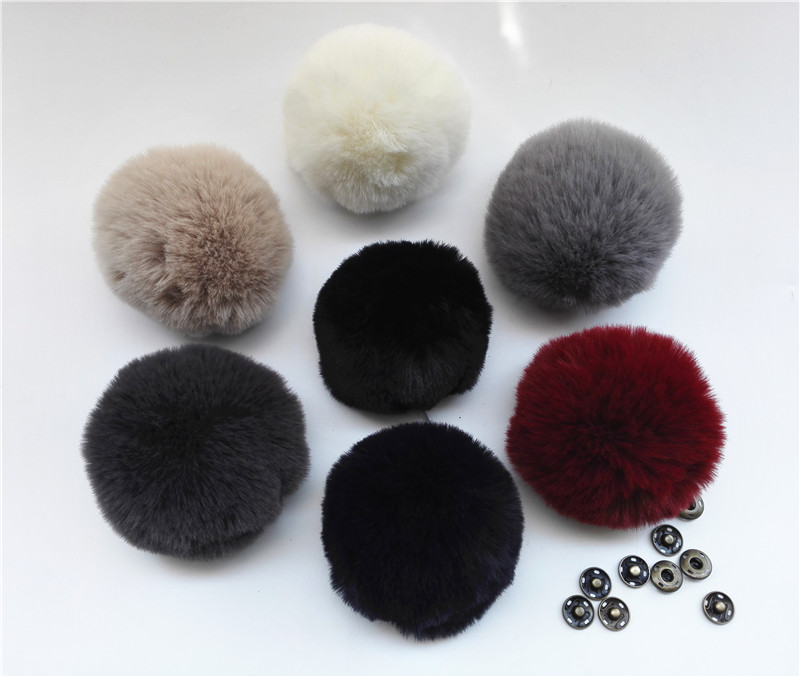 Winter Multicolor Soft Artificial Fox Fur Pom pom Polyester Pompoms For Knitted   Beanies   Hats And Key Chain Clothing Accessories