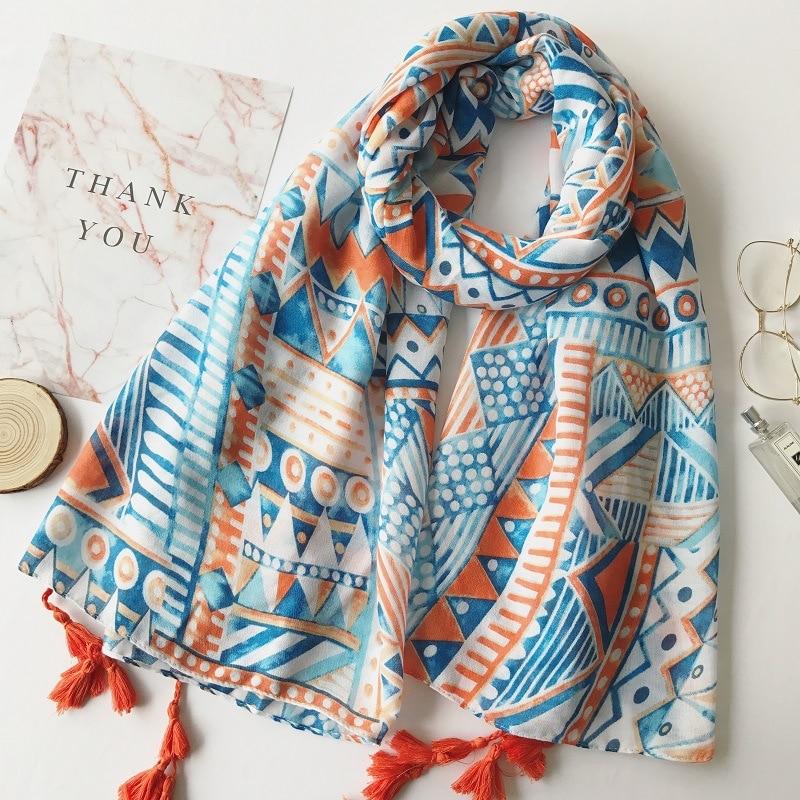 2020 Ladies Fashion Bohemian Ethnic Plaid Tassel Viscose Shawl Scarf Echarpe Foulard Femme Bufanda Mujer Wrap Muslim Hijab Sjaal