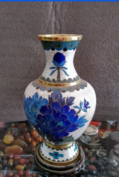 20 cm */Collect Chinese gold - edged cloisonne, a copper vase.