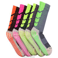 Mens Performance Crew Socks 5 Pairs Trainer Calf Socks Unisex Sports Socks Size 38 44 Moisture Control Soft Cushion, 5 Colors
