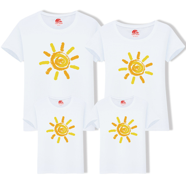 Family Matching Outfit Summer Short Sleeve T Shirt Top Clothes Cotton Mother  Father Son daughter Dresses ac188217e9