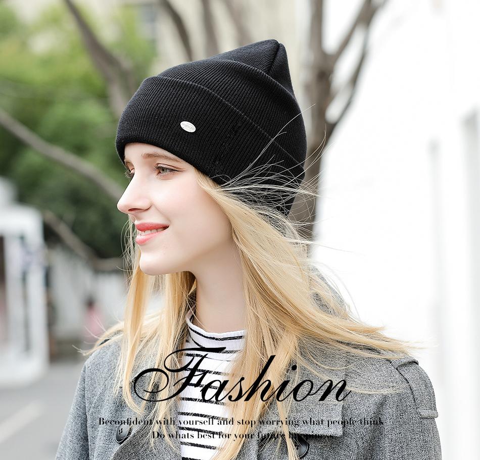 hat female MZ238A PC (1)