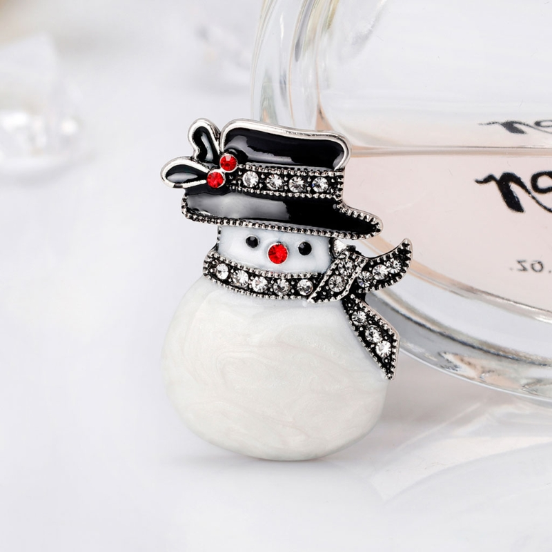 Christmas New Year Snowman Brooch Hat Antique Fashion Scarf Corsage Gifts Pins Exquisite Brooches