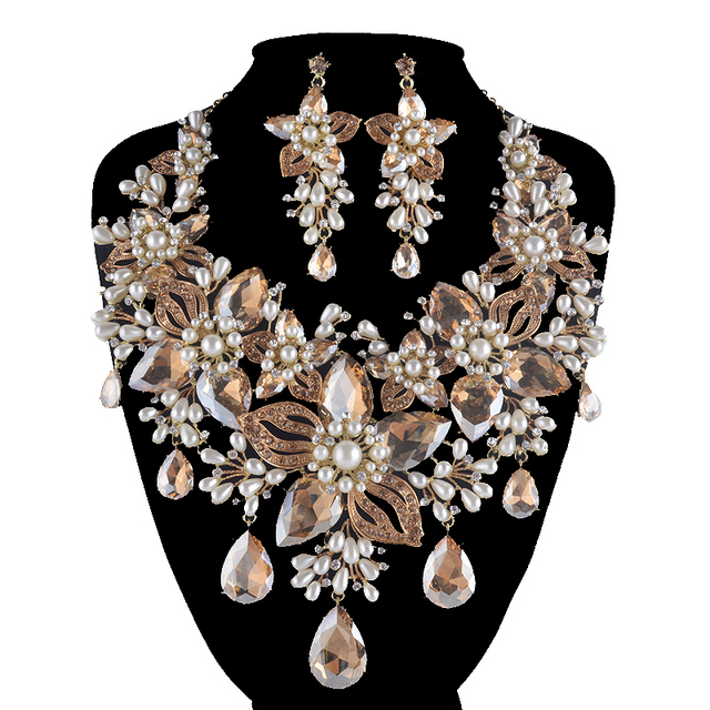 Bridal Jewelry Set Women Wedding Rhinestone Pearl Necklace Earrings Champange Color Teardrop Flowers Style Statement