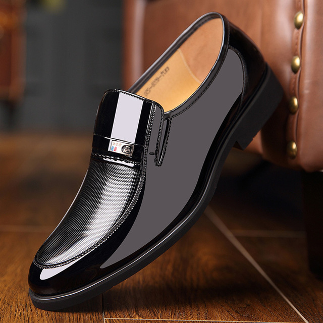 Brand Mens Dress Shoes Leather Black Wedding Shoes 2019 Spring Flats Oxford Formal  Business Leather Shoes Decent Office Shoe b831d5f70a06
