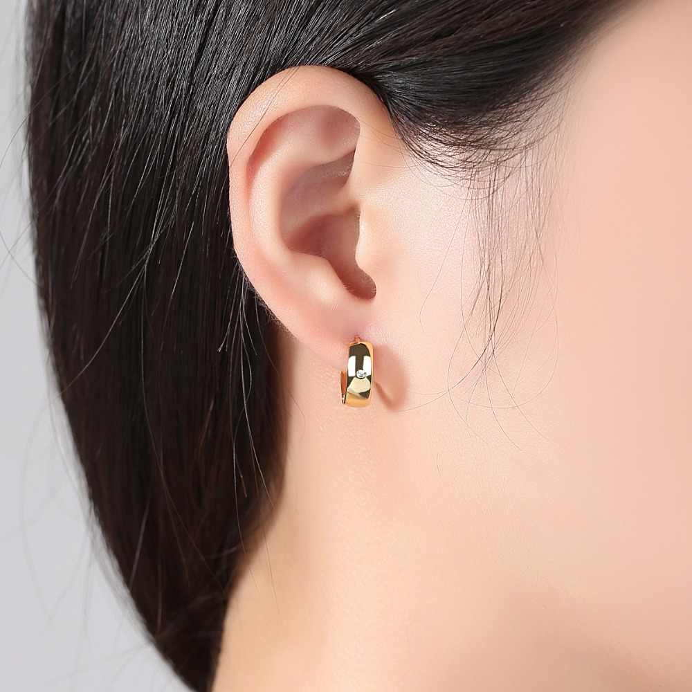 LUOTEEMI 2018 New Fashion Cute Small Simple Design Gold Color Clear Stud Earrings Copper CZ For Women Girl Party Anniversary
