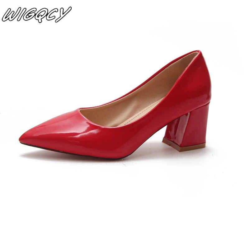 2020 yeni kadın ayakları parlak PU kadınlar marka tasarımcısı lüks kadın ayakkabı balo düğün ayakkabı ince topuklu sivri burun yüksek topuklu