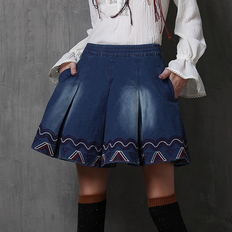 2018 Spring New Vintage Denim Skirt Washed Embroidery Pleated Stretchy Jeans Mini Women Skirts Women Clothing Saia Feminina inc new black beige women s 14 textured snake print pleated mini skirt $89 030