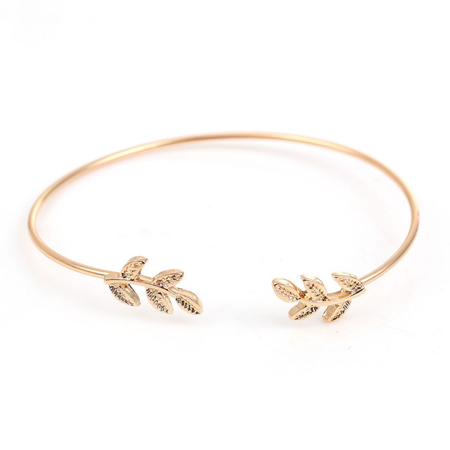 Fashion Leaf Patterned Copper Bracelet