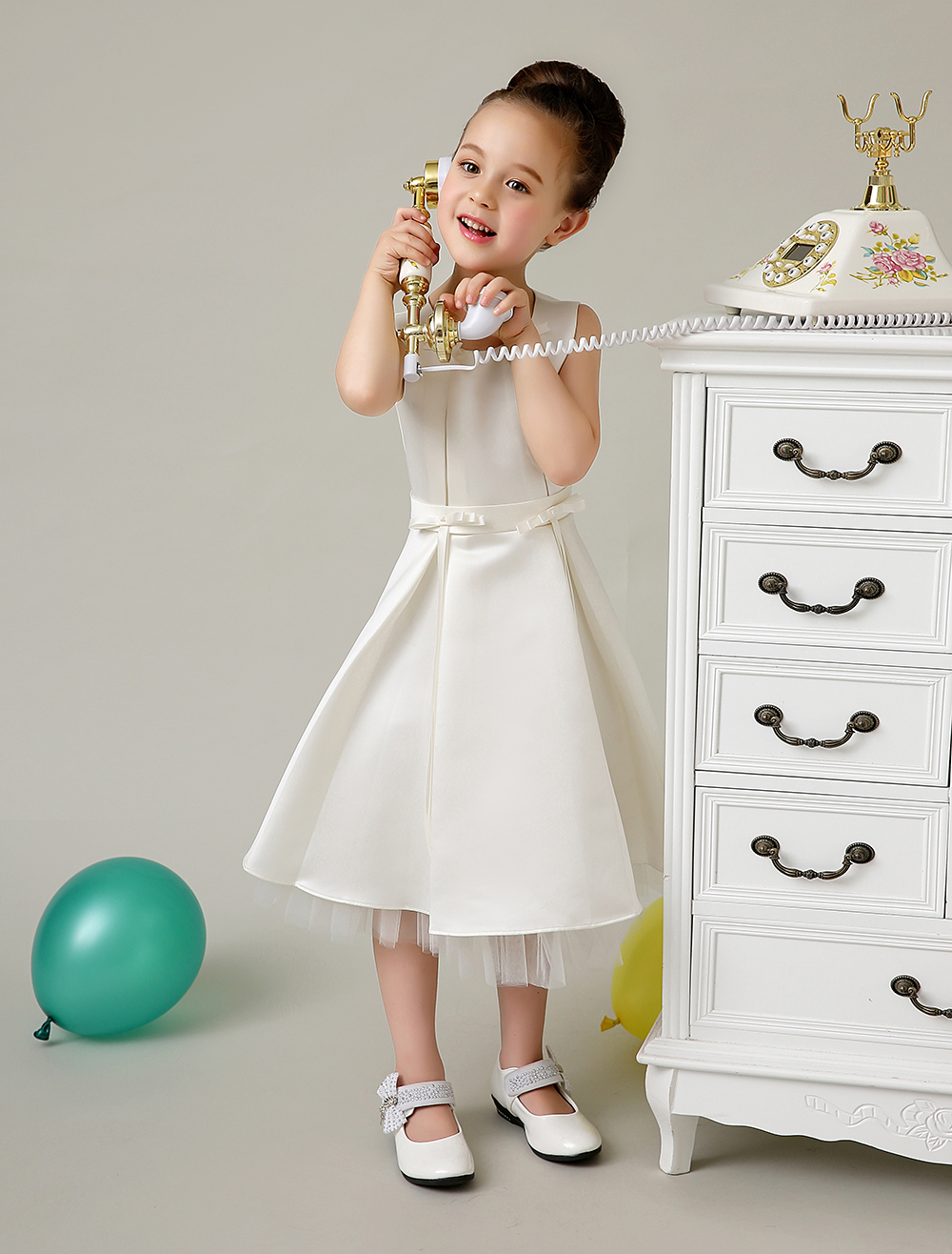Elegant Ivory A line Tribute Silk slim little girls formal dresses with pearl kids girls Pageant