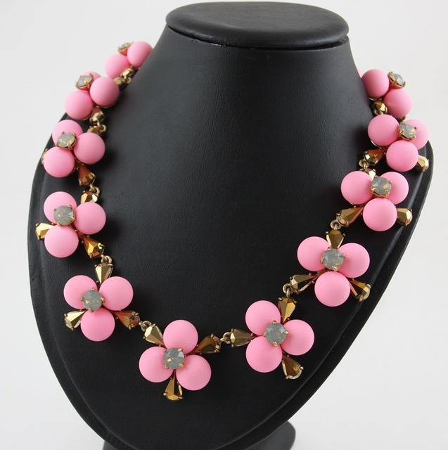 pink beads flowers choker necklaces ZHONGLV 2016 new brand vintage gold plated crystal body ZA statement necklaces for women