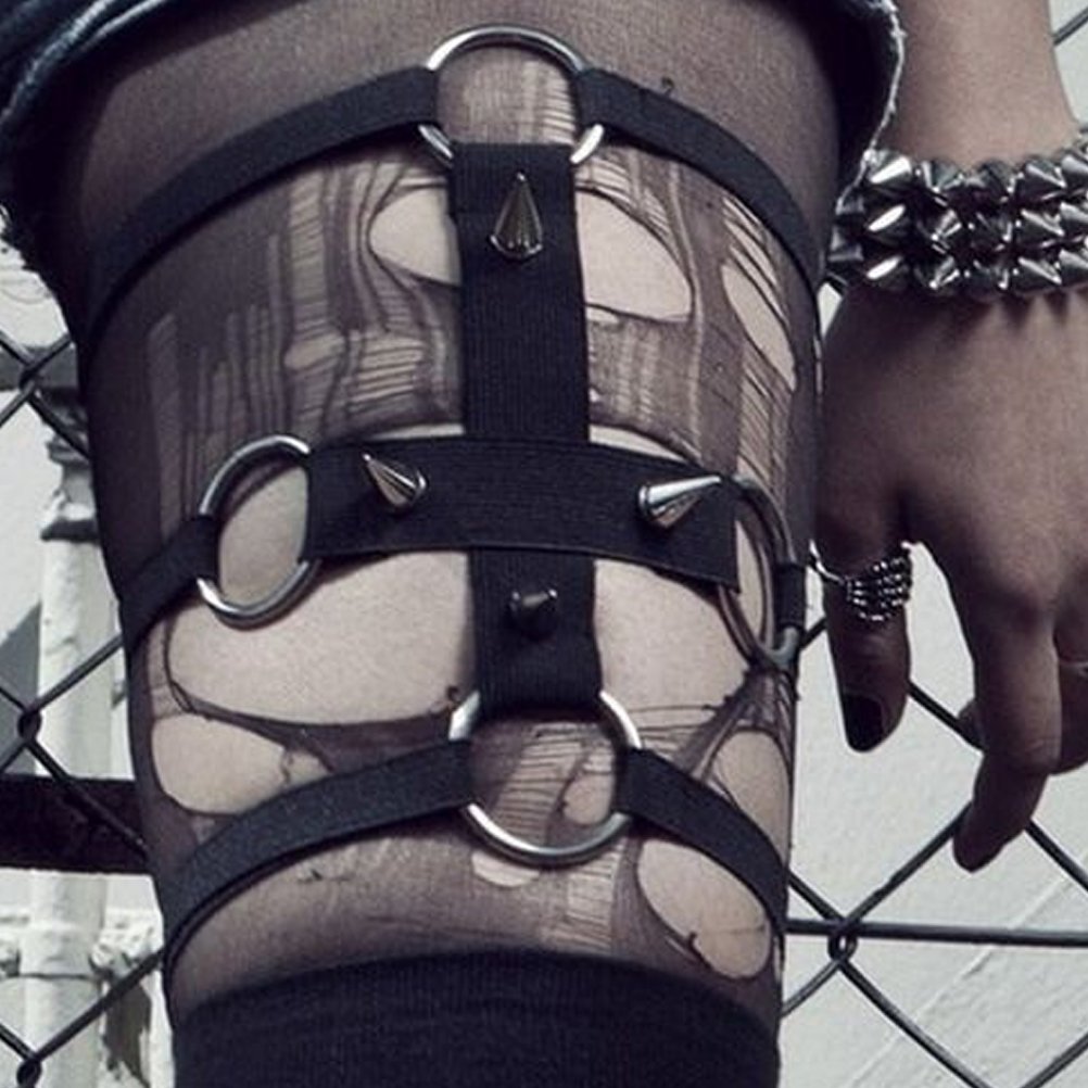 Punk Rock Handcrafted Elastic Round Leg Rivet Suspenders Harness Sexy Women Leg Ring Thigh Garter Belt Body Bandage Cage Straps