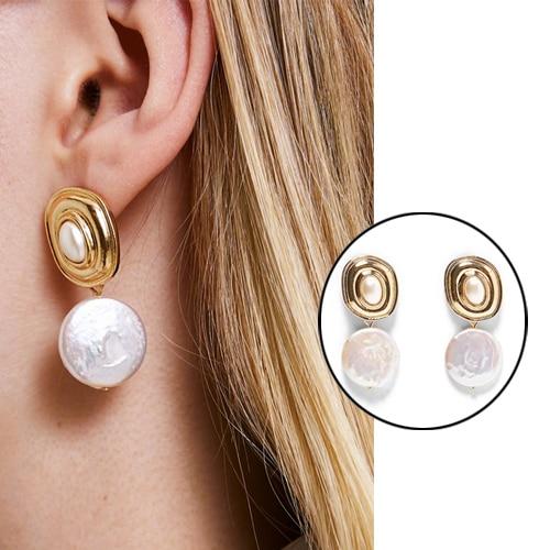 Korea Design Metal Gold Geometric Irregular Circle Square Natural Freshwater Pearl Stud Earrings for Women Earings oorbellen 1