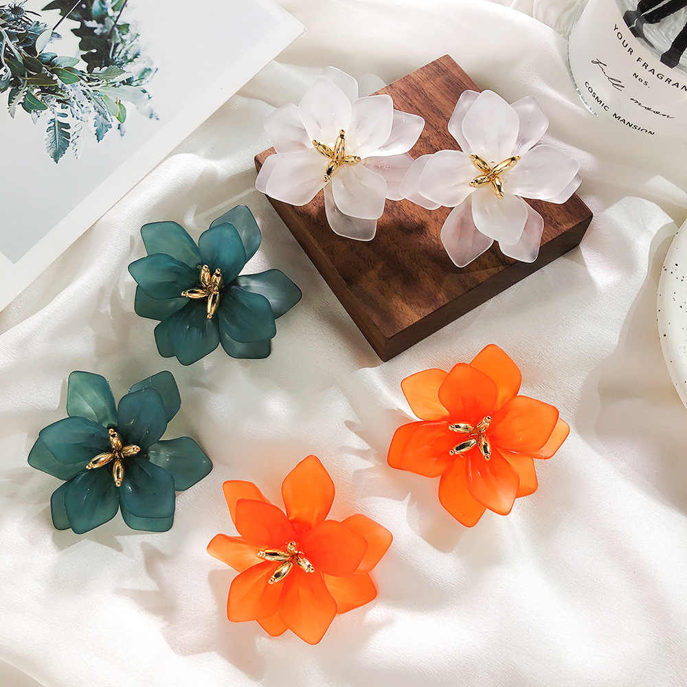 2019 Japan and South Korea hot fashion jewelry exaggerated big flower earrings three colors beach holiday earrings for momen