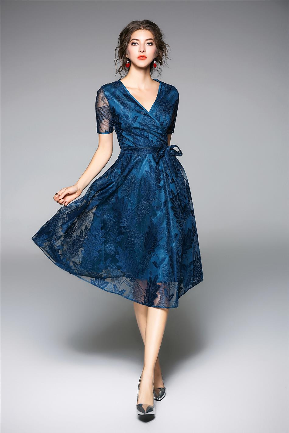 Bayan  elbise  ,dantel elbise,elbise modelleri,ucuz elbise,elbise saın al