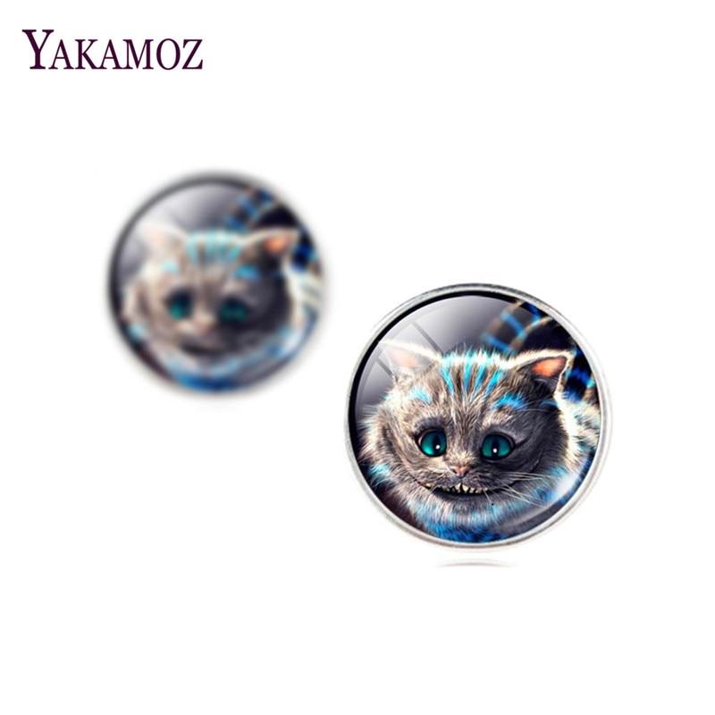 b4480623f5 Envío de la manera de nueva lindo gato mariposa deporte Stud pendiente para  las mujeres de vidrio Cabochon Amuletos Pendientes Joyería fina para las  mujeres