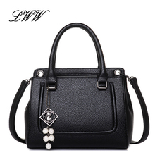 Dress Designer Handbags High Quality Business Women Shoulder Bags with Fahsion Beading Pendant Famous Brand Handbags Crossbody