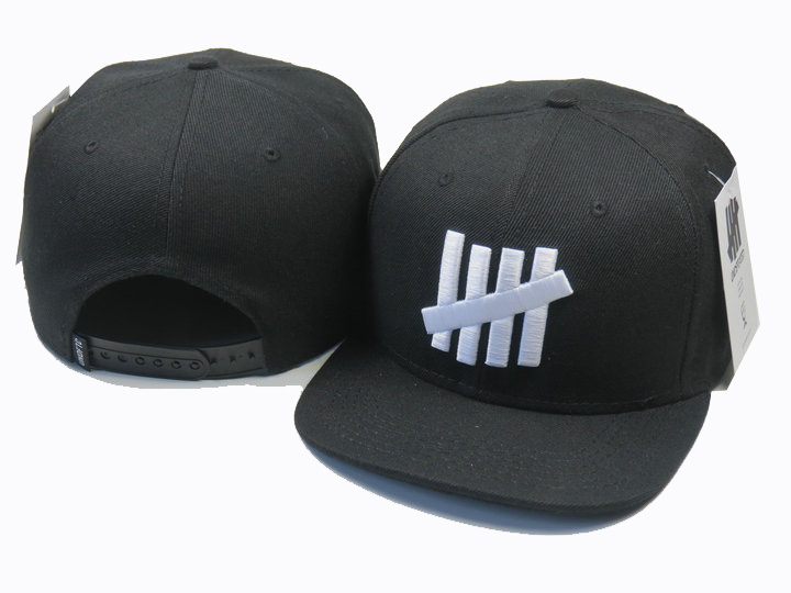 8d947ac496a New Arrival fashion Undefeated 5 Strike adjustable baseball snapback cap  hats for men sports hip pop cap Free Shipping 12 colors-in Baseball Caps  from ...
