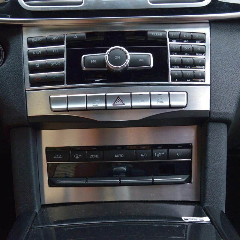 Garniture de couverture de décoration de panneau de CD de climatisation de Console centrale d'alliage d'aluminium pour Mercedes Benz classe E W212 2009-15