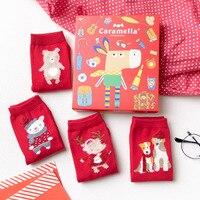 4 Paires Lot Rouge Chaussettes D'hiver 2018 Femmes Chaussettes Coton épais Motif Animaux Cartoon Nouvel An Cadeau De Noël Boîte Chaussette en gros