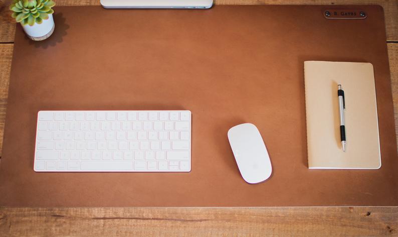 Tapis de bureau personnalisé tapis de bureau en cuir tapis d'ordinateur en cuir artisanal chic et professionnel coins arrondis pour chic