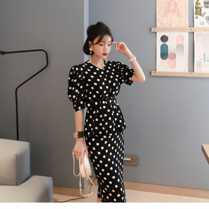 Women 2 Piece Sets Fashion Summer Dot Short Sleeve Bodycon Office Lady Elegant Whit Belt Skirt Suit