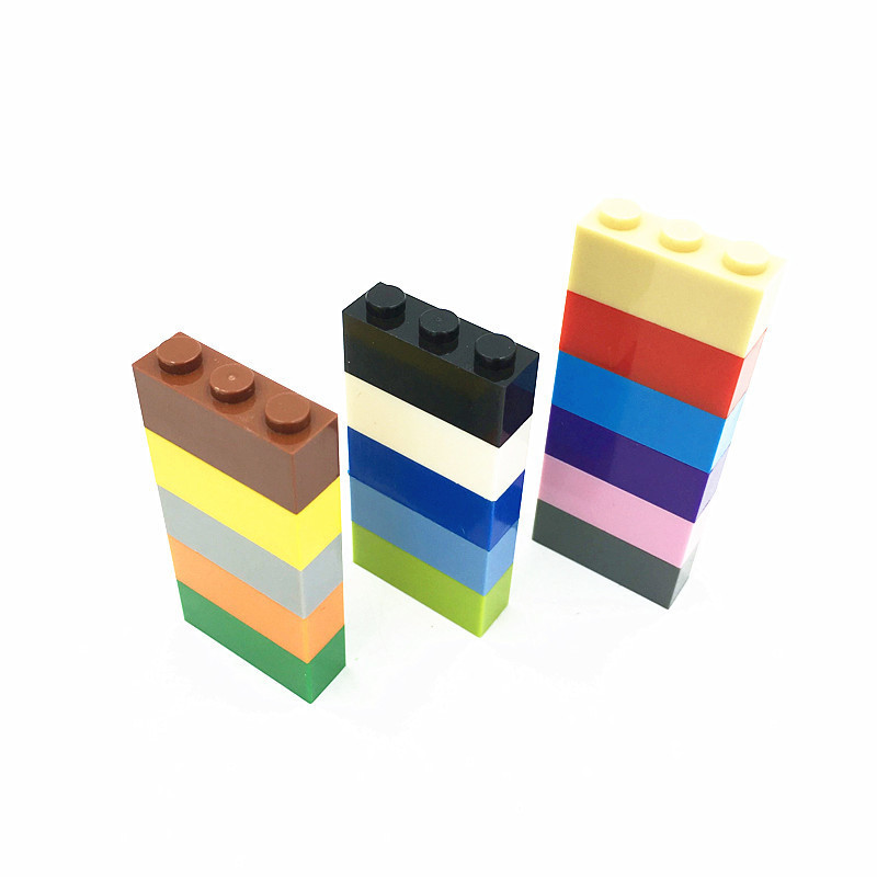 LEGO® Tan Brick 1 x 3 Part 3622 MOC