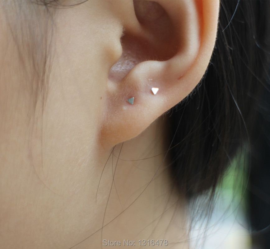 Lovely Neutral Ear Bone Screw Element 925 Silver Ultra