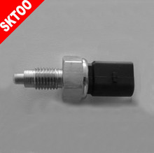 02 K 945 415 G Long term supply for VW automotive high quality brake light switch(China)