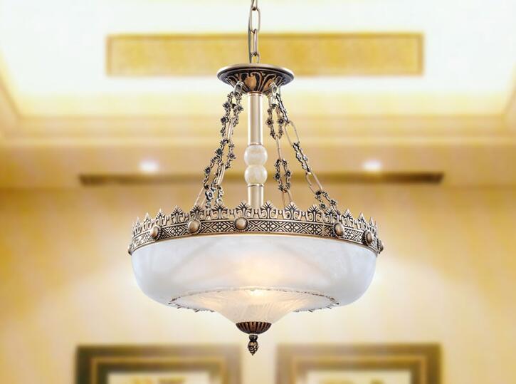 Authentic European Antique Village Atmosphere Iron Pendant Light Garden  Lamp Bedroom Resin Resin LED Restaurant American