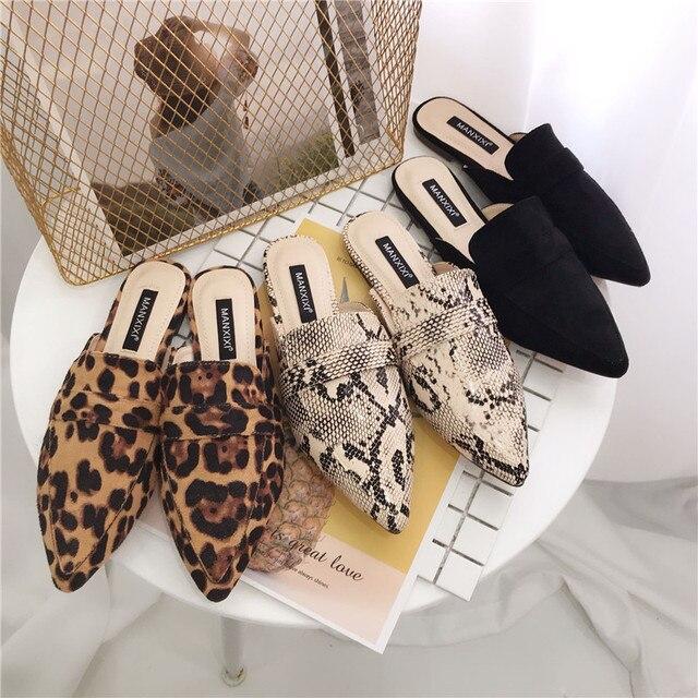 Scarpe da donna tacchi Bassi Pantofole Muli scarpe a punta superficiale Scivolo Leopardo Slip on mocassini da donna stampe del serpente sandalias mujer nero