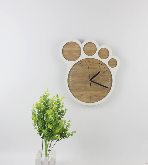 Footprint wooden Quartz Clock Fashion individuality brief clock modern wall clock silent pocket watch for Home Decoration