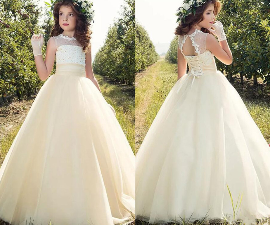 New Shiny Pearls Flower Girls Dresses For Wedding Beading Pearls Jewel Neck 2018 Ball Gown First Communion Gowns Custom Size 4pcs new for ball uff bes m18mg noc80b s04g