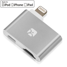 Meenova Dash-i Plus MicroSD Reader for iPhone/iPad/iPod with Lightning Port, Concurrent charging as Flash Drive