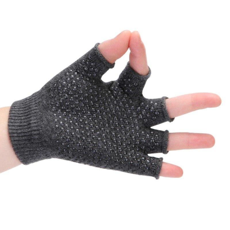 Non-Slip Fingerless Design in Multiple Colors Camping Climbing Sport Exercise Yoga Fitness Gloves