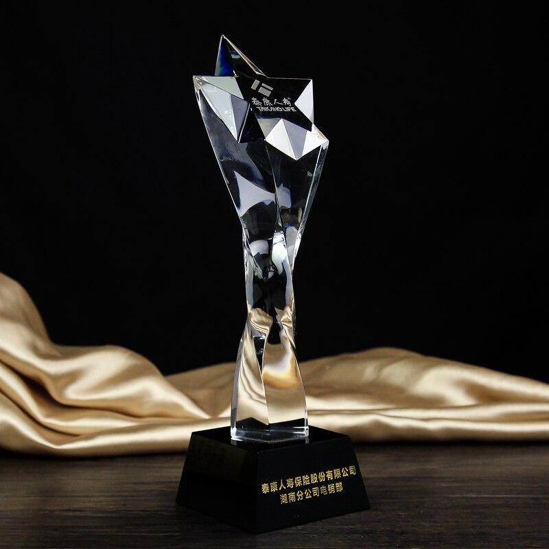 ФОТО Custom crystal trophy Five-pointed star custom crystal trophy Twisted column pentagram trophy Twist the column title