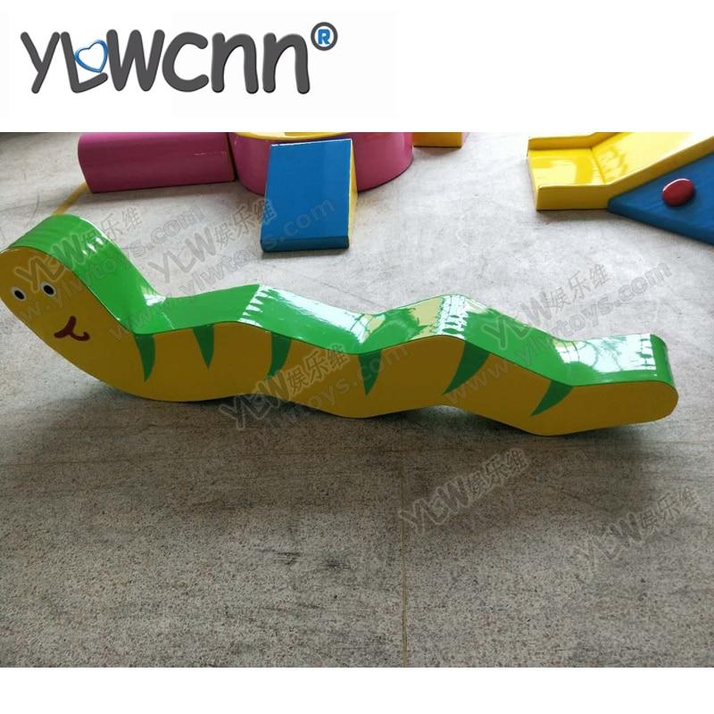 Enfants jeu doux ensemble enfants éducation logiciel aire de jeux intérieure beau serpent jouet INA171088