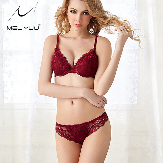 Sexy Lingerie Gather Lace Push up Bra set Bras For Women Deep V-neck Small Chest Womens Bras And Underwear Sets Luxury Gift
