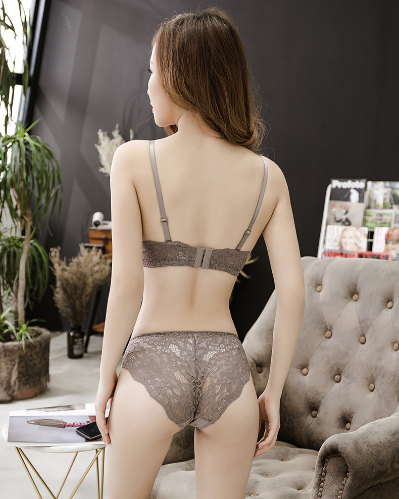 Underwear set Embroidery Bra Set For Women Lingerie Sexy Push Up Bra And Panties AB Cup Bralette Panties 2018 New Intimates