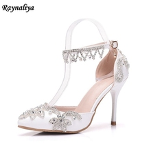 New Fashion Crystal Sandals Pumps Shoes Women Sweet Luxury Female Bride Shoes Ankle Strap Lady Wedding Shoes High Heels XY-A0081 недорого