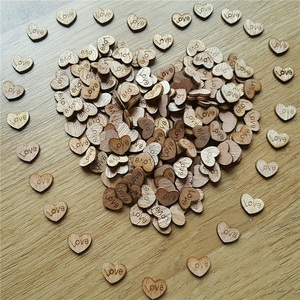100pcs/ Bag Thick LOVE Wood Wooden Crafts DIY Love Heart Shape Wedding Party Table Scatter Decoration Letter Pattern Decor Gift
