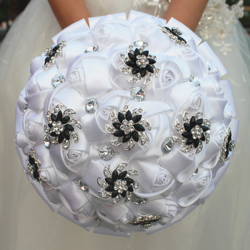 Image 3 - WifeLai A Pure White Rose Flower Black Brooch Wedding Bouquets buque de noiva Bridal Crystal Wedding Bouquets Flowers Customcrystal wedding bouquetswedding bouquetbuque de noiva -