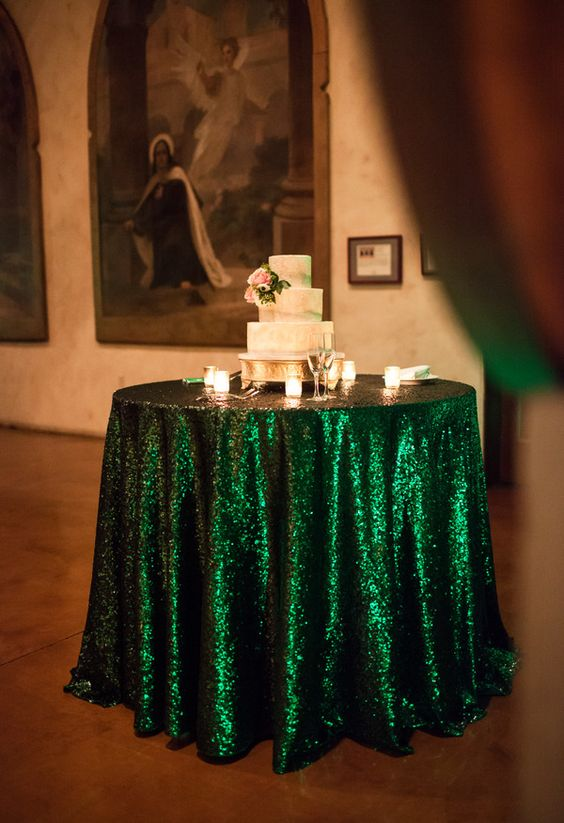 ShinyBeauty 60in Sequin Tablecloth-Round-Green-for Wedding/Christmas/Black Friday Party Linen (Green)-R