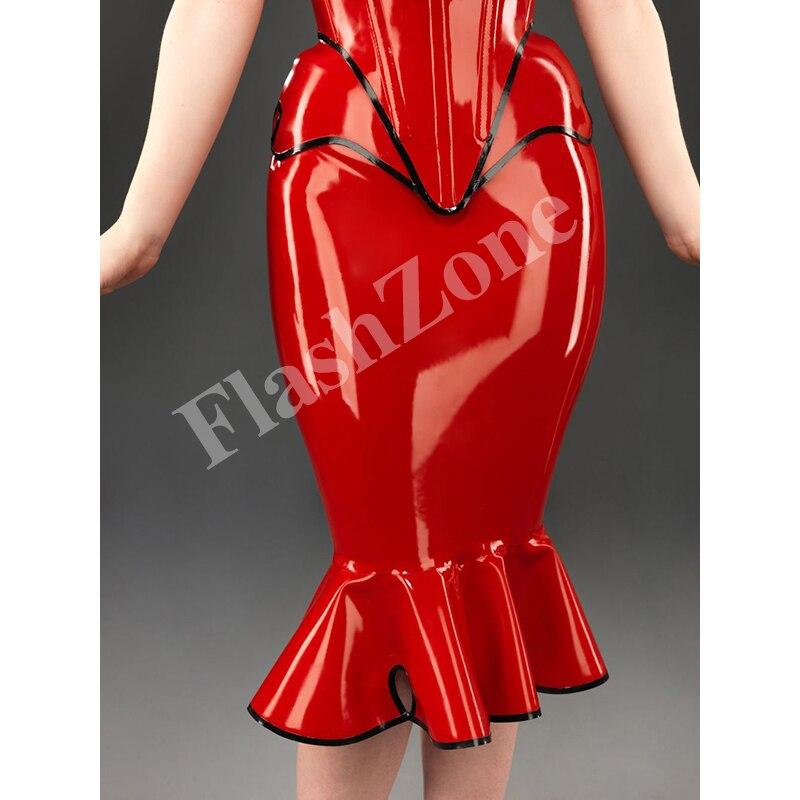 Корсет и юбка из латекса