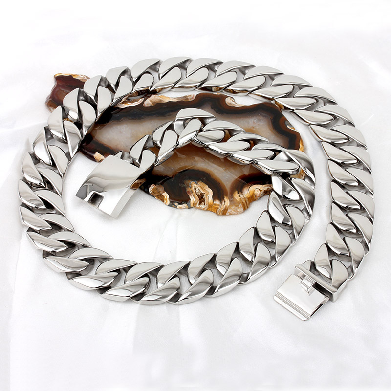 Stainless steel necklace Titanium steel thick chain Fashion swagger punk wide thick stainless steel necklace cute bear shaped stainless steel pendant titanium