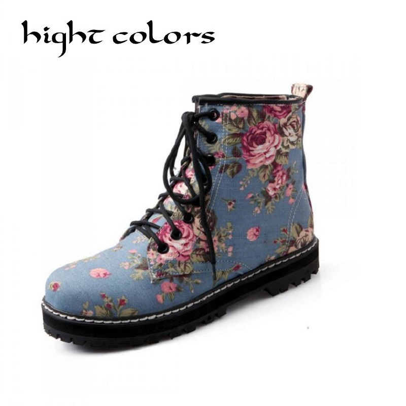 2017 Spring /Autumn Lacing Vintage Flats Boots Female Flat Bottom Canvas Floral Printed Martin Boots Deep Mouth Single Shoes vintage embroidery women flats chinese floral canvas embroidered shoes national old beijing cloth single dance soft flats