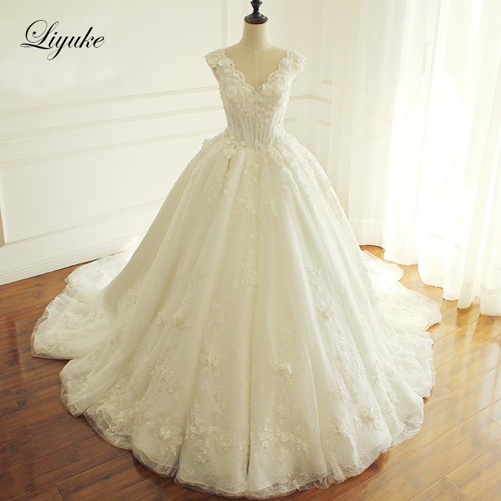 Liyuke Ivory Color Ball Gown Wedding Dress 3d Flowers With Beading Of Lace Up Wedding Gown